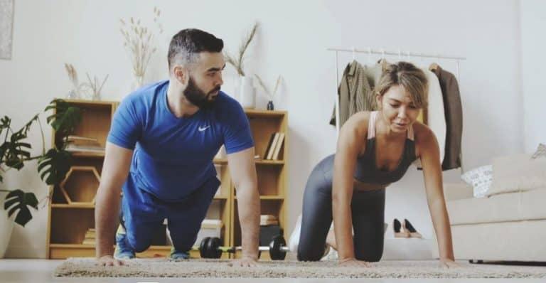 should-you-do-pushups-before-bed-bulksupplementsdirect-1