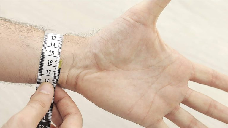 wrist-size-bulksupplementsdirect-1